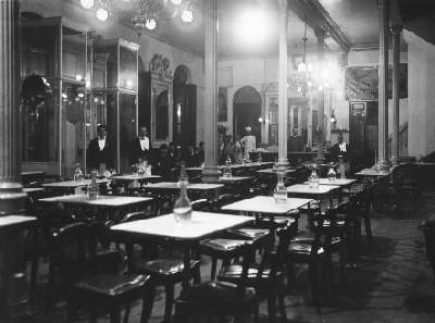 Café Alameda de Granada, en 1909 (imagen procedente de cafenocturno.com)