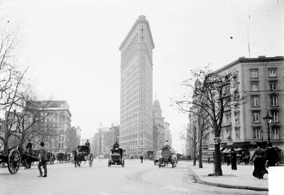 Imagen del Flatiron Building, Nueva York, octubre de 1903. DN-0001198B, Chicago Daily News negatives collection, Chicago Historical Society (procedente de commons.wikimedia.org).