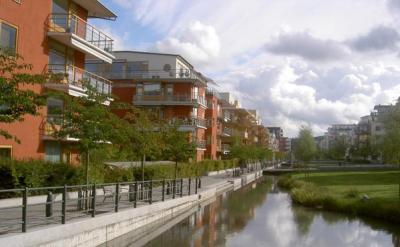 Parque lineal interior de Hammarby sjöstad (imagen procedente de ecoloinfo.com)