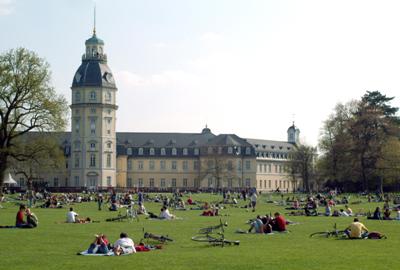 Vista del espacio central de Karlsruhe (imagen procedente de nottingham.ac.uk)