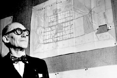 Le Corbusier, en una imagen de kostasvoyatzis.wordpress.com