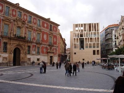 Plaza del Cardenal Belluga, Murcia (imagen de arikah.net)