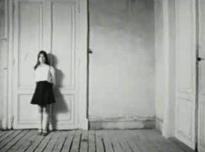 Imagen del vídeo titulado À côté de la silhouette, de Reha Erdem (procedente de youtube.com)