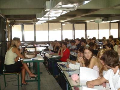 Una clase de la Universidad Nacional de la Plata, Ciudad de la Plata, Argentina.