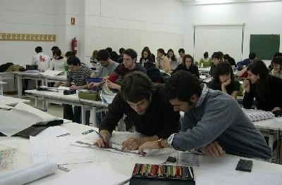 Grupos 3 y 4 en clase, el 10 de enero de 2008. En primer plano, Andrés Osuna y Pablo Iranzo.