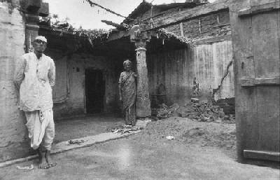 La casa de Nagappa y su esposa, 1981 (Foto de T. S. Nagarajan, procedente de churumuri.wordpress.com).