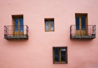 Pared rosa (imagen procedente de daluita.blogspot.com/2007)
