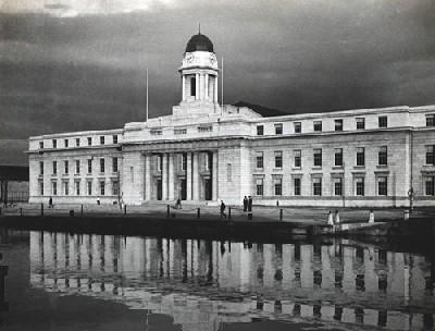 Cork City Hall (Eamon de Valera, 1932). Imagen procedente de corkpastandpresent.ie.