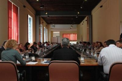 Reunión del Consejo de Gobierno de la Universidad de Las Palmas de Gran Canaria, de marzo de 2010 (imagen procedente de actualidaduniversitaria.com).