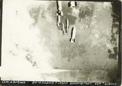 Bombas sobre Darmstadt en septiembre de 1944 (imagen procedente de vetsmemorialmuseum.com)