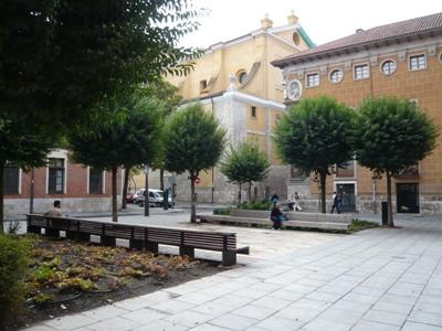 La plaza de Fabio Nelli, renovada y cuidada (octubre 2009. Foto: J. Gigosos y P. Rodríguez)
