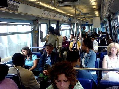 """""""Volle metro"""" (""""metro lleno"""", imagen del metro de París procedente de frankreich.wordpress.com)."""