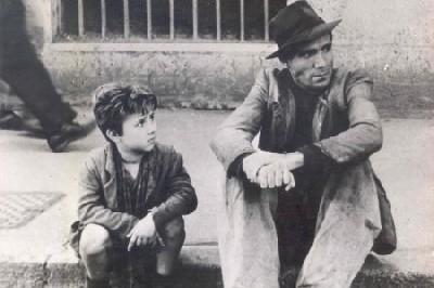 Fotograma de Ladrón de bicicletas, de Vittorio de Sica, 1948