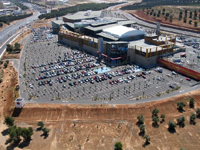 Vista aérea del centro comercial Luz del Tajo, Toledo (imagen de Jav, procedente de skyscrapercity.com)