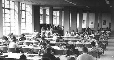 Vista de la Merrick Building Library Room (Imagen procedente de scholar.library.miami.edu/umhistory).