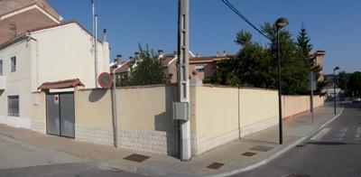 Vista del patio de la residencia referida en el texto, desde las calles posteriores (Foto: J. Gigosos y P. Rodríguez, septiembre 2009)