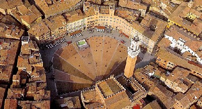 Piazza del Campo, Siena (imagen procedente de files.caprionline.it)