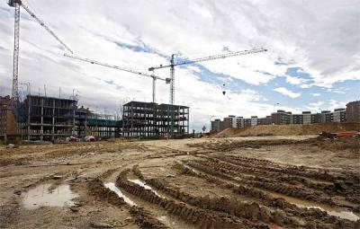 Suelo urbanizable en Madrid (foto de Carlos Alba publicada en elmundo.es del 28 de febrero de 2008)