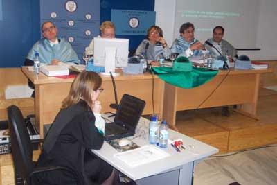 Un momento de la lectura de la tesis doctoral en la Universidad Carlos III de Madrid (imagen procedente de cervantesvirtual.com)