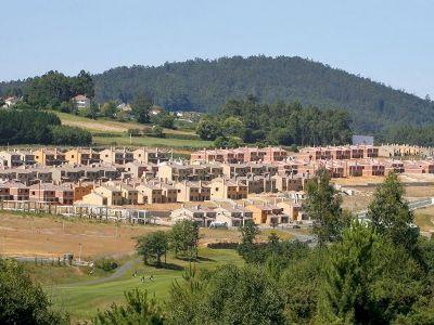 Urbanizacion Costa Miño Golf en A Coruña, de Martinsa-Fadea (imagen procedente de adn.es)