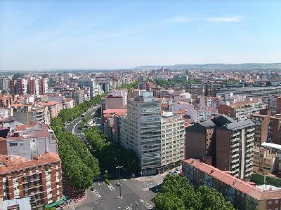 Vista del Paseo de Zorrilla de Valladolid, junio de 2007 (Foto de Laura, desde el edificio de Las Mercedes, publicada en cattorce.com)